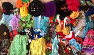 Costumes wholesale