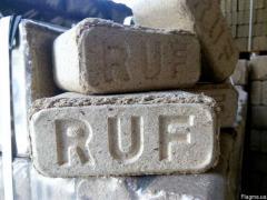 Я куплю брикети RUF і пелети А1 в мішках або бігбегах. Польща